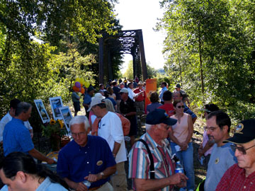 Trail Ribbon Cutting at Hillberger Trailhead.JPG